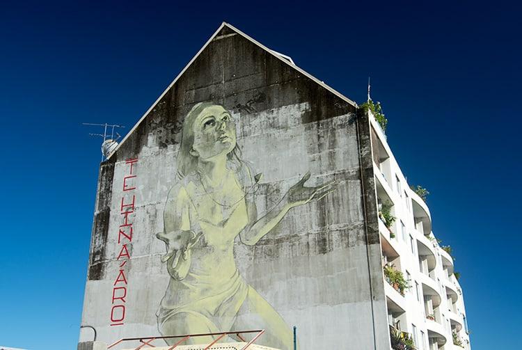 Street art, par Faith47!, rue Louis Martin à Papeete