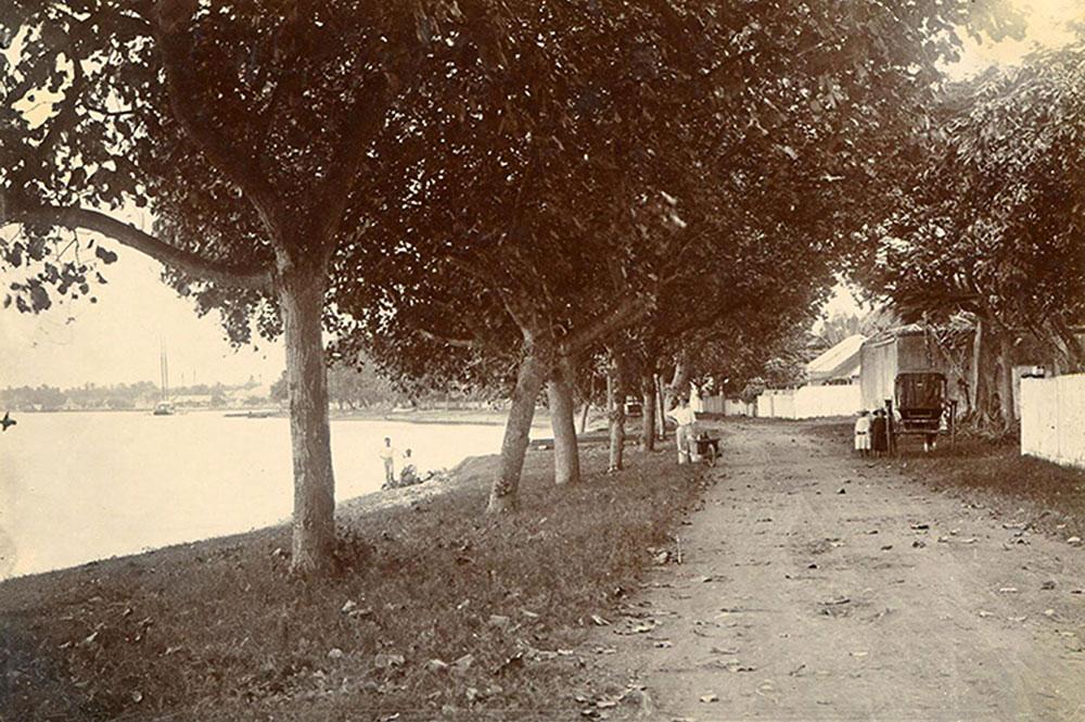 Plage de Paofai en 1890 Photo Holmes